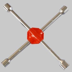 套筒十字扳手面对更换螺栓不同情况的搭配方式